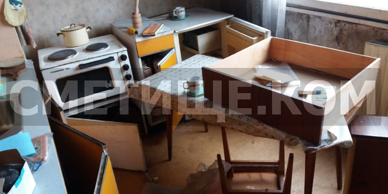 Извозване на отпадъци от апартамент в София